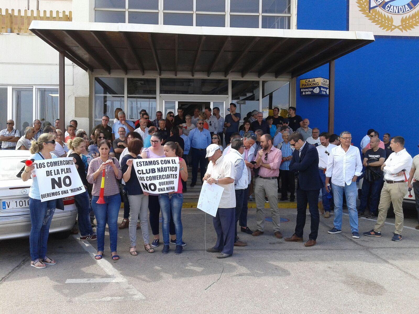 El Real Club Náutico emprende acciones legales contra la decisión de la Autoridad Portuaria