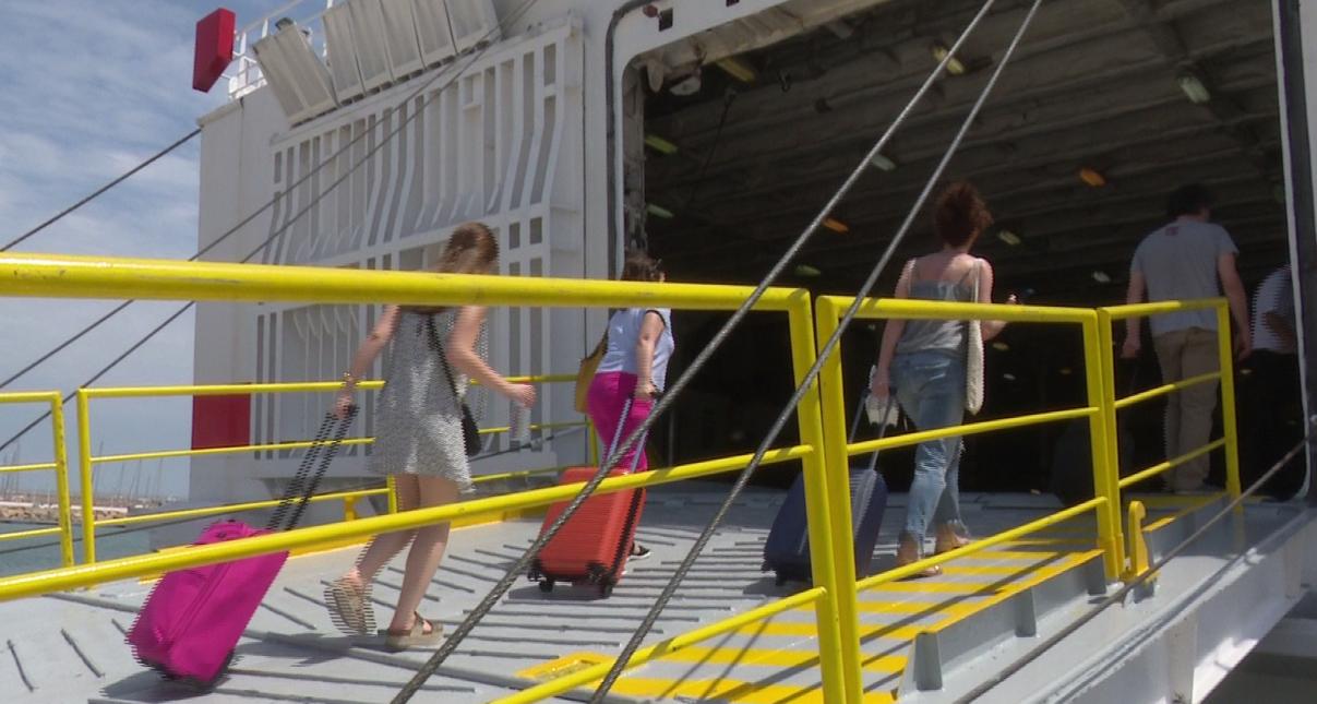 La conexión marítima diaria entre Gandia e Ibiza ya es una realidad