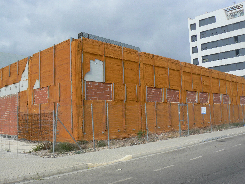 Oliva adjudica la redacción del proyecto para terminar el edificio de la Policía Local