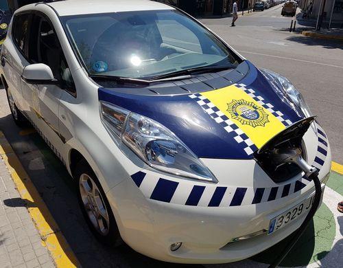 Más de 30 personas usan o solicitan la tarjeta para cargar su vehículo eléctrico en Gandia
