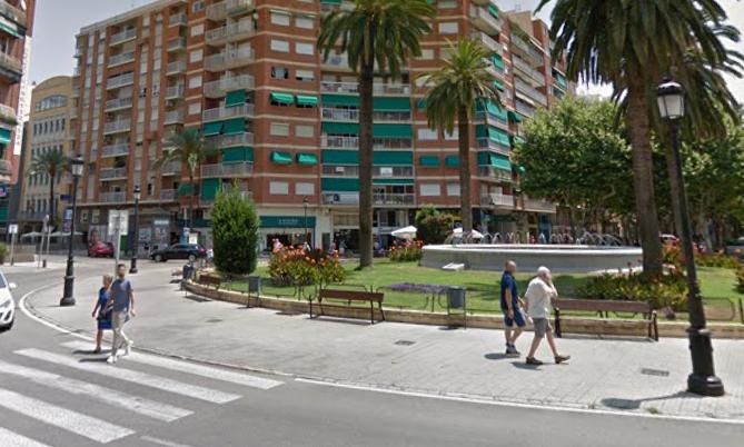 Ciudadanos Gandia propone eliminar la fuente de la plaza de Crist Rei para que puedan pasar los peatones