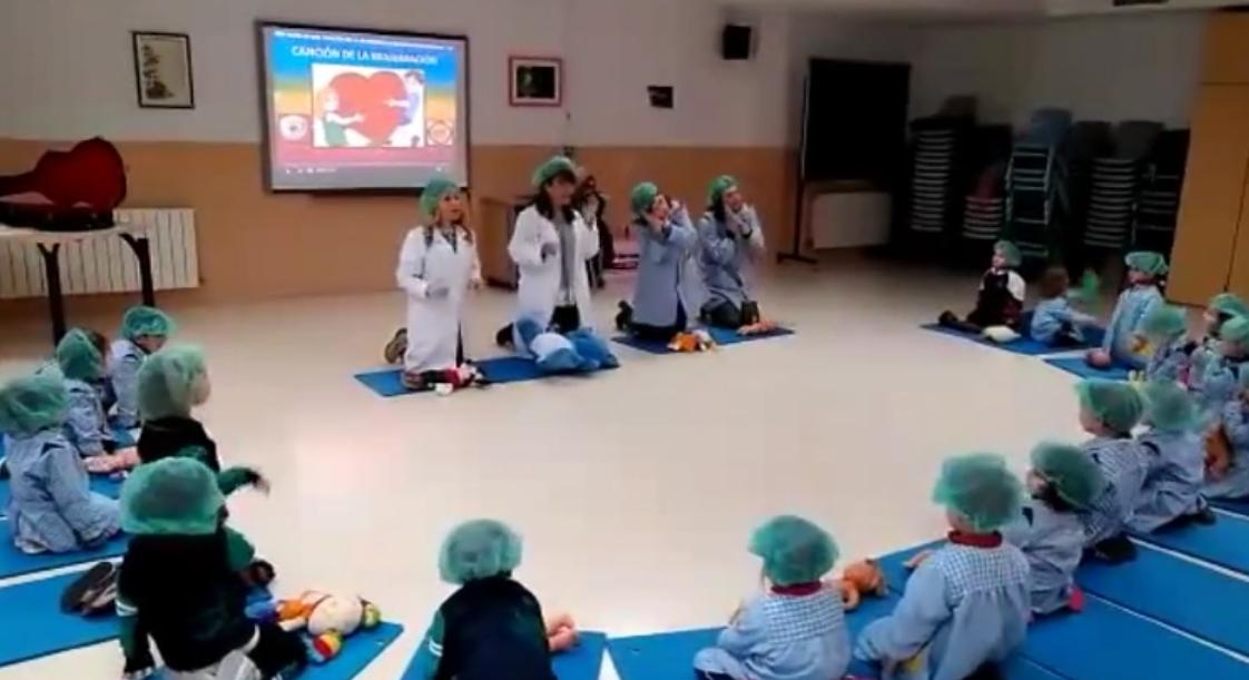 Formación pionera en niños de 2 años en el colegio Abad Solà