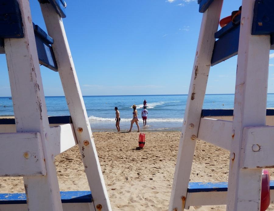 Desde el viernes 16 de marzo se pone en marcha el servicio socorrismo en la playa de Gandia