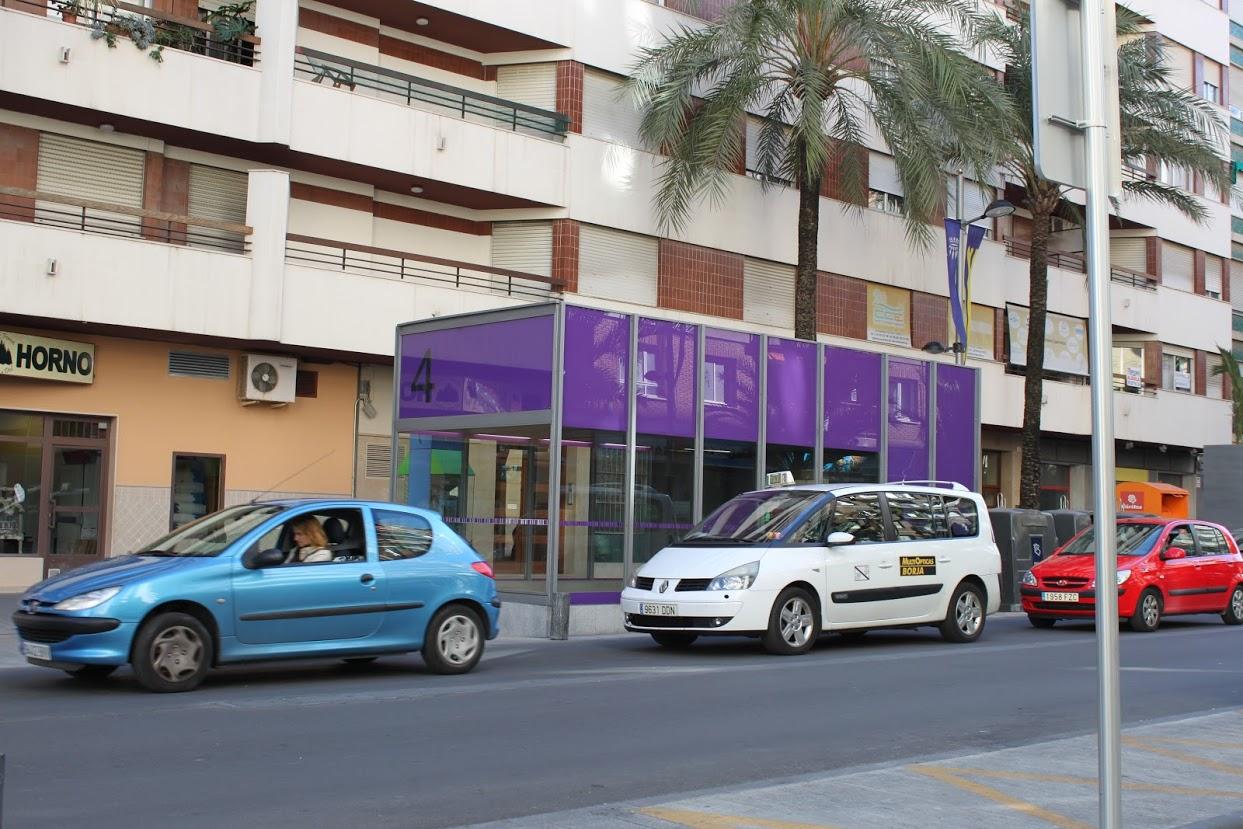 Los taxistas de Gandia se suman a la huelga indefinida y general de su sector