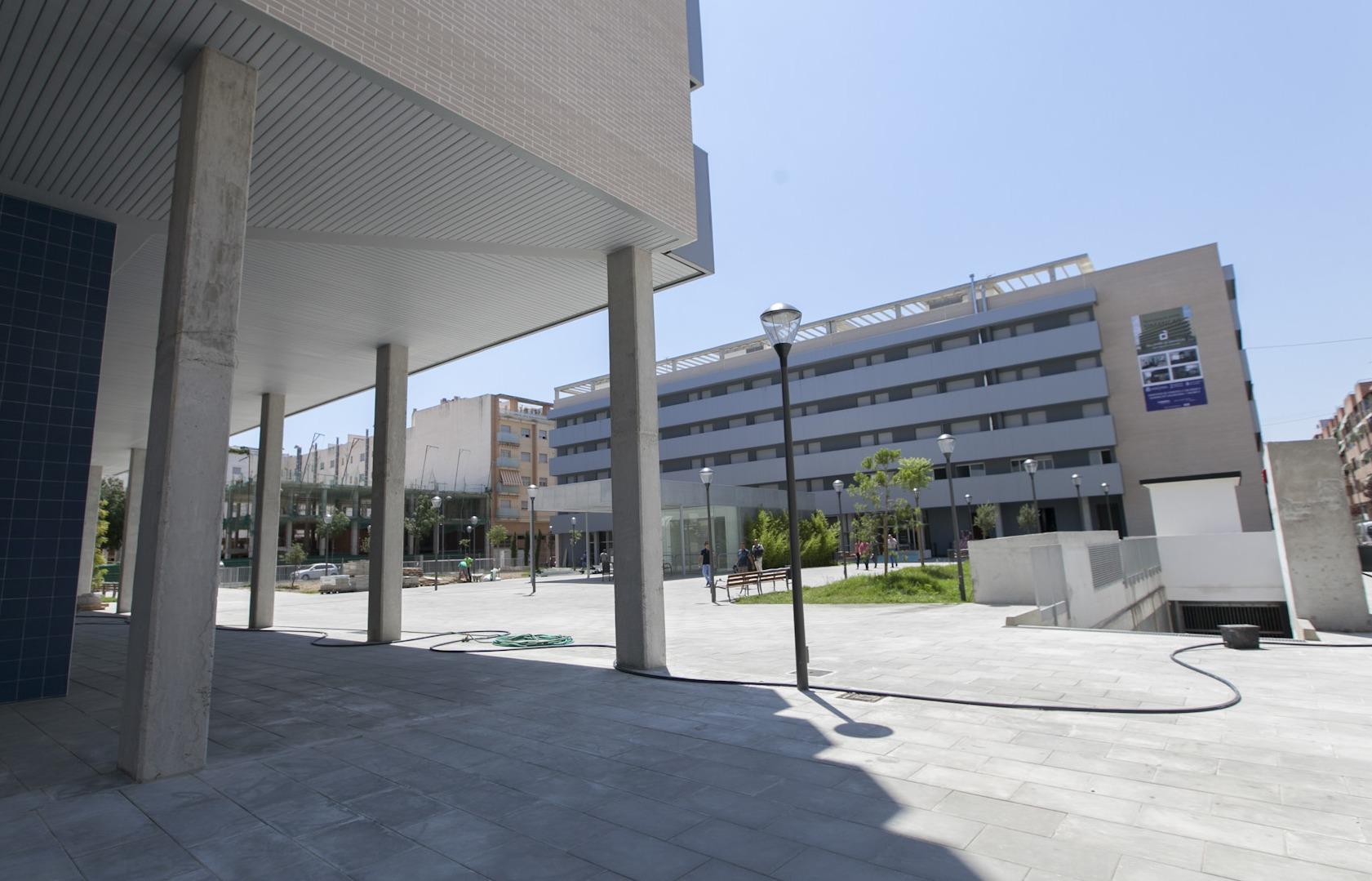El Ayuntamiento de Gandia consigue vender 300 cocheras de Simancas que compró el gobierno del PP