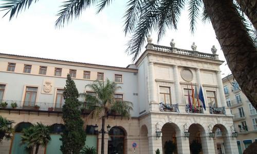 El Ayuntamiento de Gandia rebajará el recibo del IBI un 4,1% este año 2019